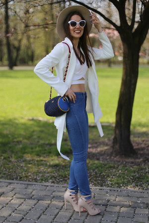 blue H&M jeans - white DressLink top
