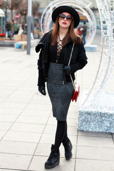 black laced Deal Sale top - heather gray pencil skirt Zara skirt