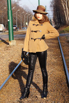 camel with fur hoodie Max Mara jacket - black Chloe boots - brown vintage hat