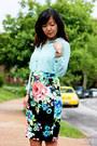 Black-skirt-tan-pumps-light-blue-thrifted-top-gold-accessories