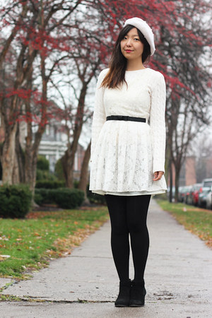 white H&amp;M hat - ivory lace Forever 21 dress