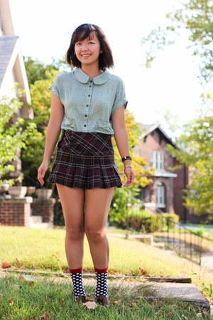 brick red skirt - black socks - lime green ezra top - dark brown oxford flats