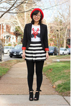 red beret hat - black blazer - white t-shirt - white skirt - black pumps