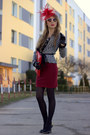 Red-stradivarius-skirt-black-zara-blouse