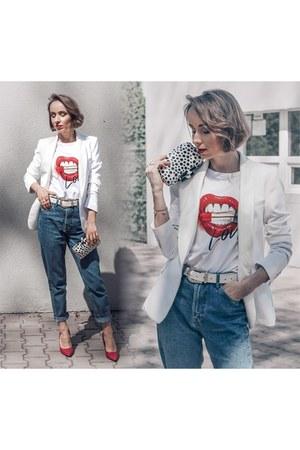 sky blue Zara jeans - white Zara jacket - red deezee heels