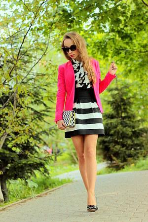hot pink H&M jacket