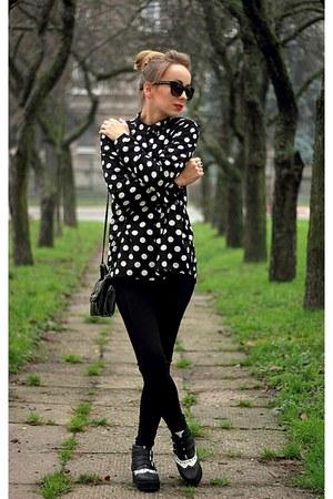 black Zara leggings - black H&M shirt