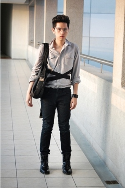 Topman shirt - myself belt - Zara pants - Gucci shoes - 15 minutes of accessorie