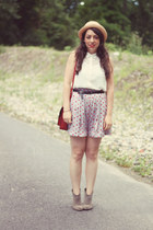 Forever 21 hat - H&M blouse - Uniqlo skirt