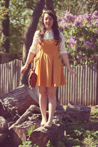 gold Tulle jumper - H&M bag - Uniqlo blouse - Urban Outfitters hair accessory
