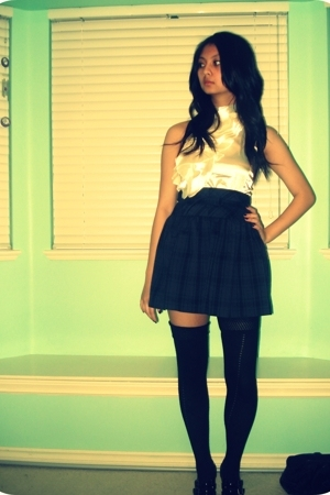 blouse - forever 21 skirt - UO socks - Steve Madden shoes