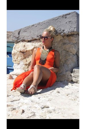 carrot orange River Island dress - black River Island sunglasses