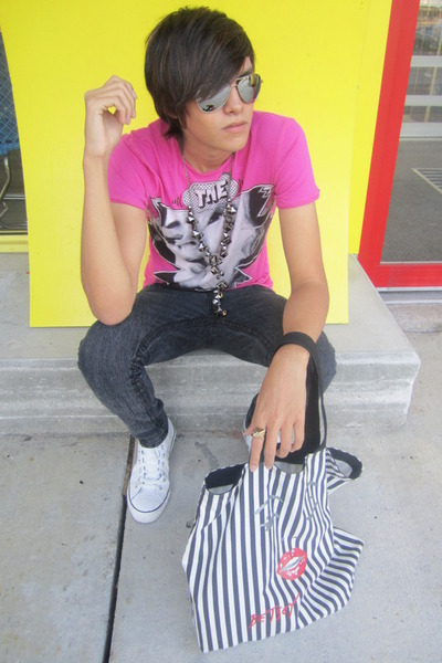 a14bc80c31a4 pink Zara shirt - gray Forever 21 jeans - white Converse shoes - silver  thrifted