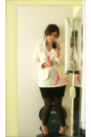 H&M blazer - Pergamon Museum t-shirt - American Apparel dress - Forever21 pants