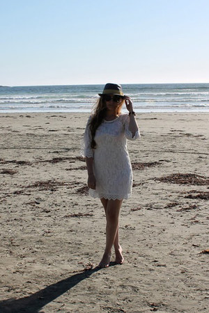 white lace H&M dress - sky blue fedora Urban Outfitters hat