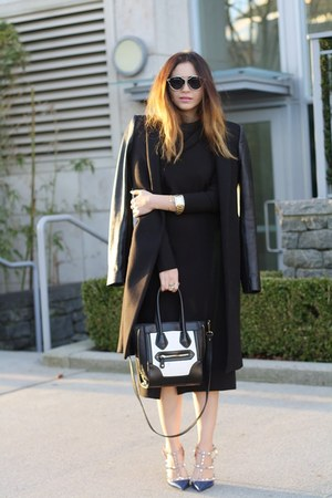 black midi Zara dress - white Aldo bag - navy Valentino heels