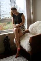 white floral Forever 21 skirt - ruby red Zara heels
