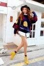 Yellow-boots-black-hat-navy-sweater-white-shirt-mustard-bag