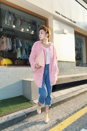 pink Stylenanda coat - blue what the jeans by nanda jeans - white shirt
