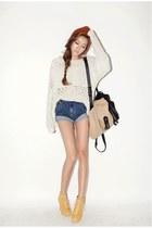 mustard style nanda acc shoes - off white Style Nanda sweater