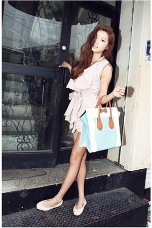 light blue nanda girl bag - light pink Stylenanda top