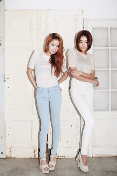 "White Pants, Off White Tops, Silver Heels | ""2 girls"" by parksora ..."