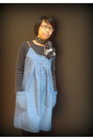 black Silk scarf - periwinkle banana republic dress