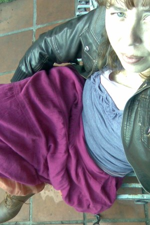 leather boots - leather jacket - pink t-shirt - lila t-shirt - fucsia skirt - or