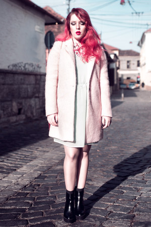 bubble gum fluffy Pull and Bear coat - aquamarine Zara dress