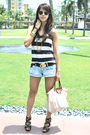 Forever-21-black-belt-urban-outfitters-shorts-black-parisian-shoes-beige
