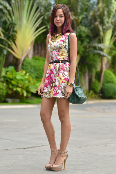 green Givenchy bag - floral printed Redhead dress - beige Aldo heels