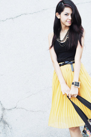 plaid Joyrich x LeSportsac bag - mustard WAGW skirt - black tank H&M top