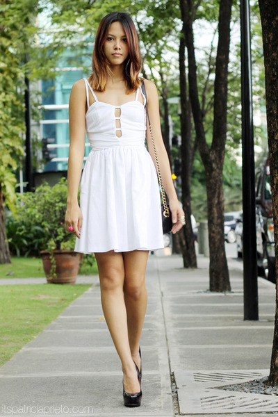 white baby doll Topshop dress