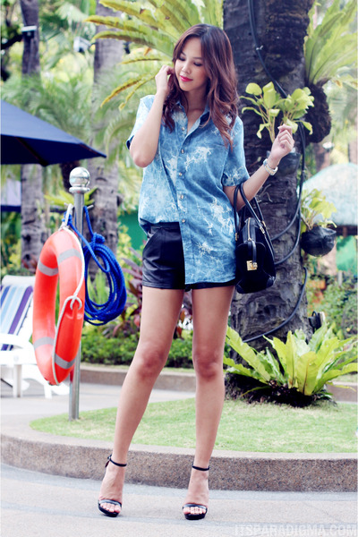 chambray Greater Good top