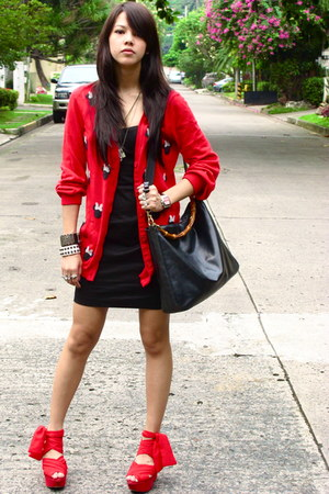 black Forever 21 dress - black Gucci - red wisteria wedges Topshop