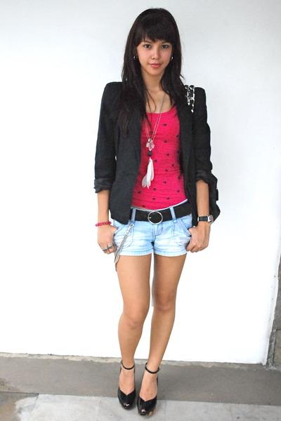 black blazer - pink H&M top - black Nine West belt - Urban Outfitters shorts - b