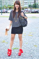 black Topshop top - black H&M skirt - red Topshop - black H&M - gold roberta di
