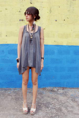 denim random from Bangkok shorts - heather gray random from Bangkok top - silver