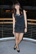Randomly found in France - black Forever 21 - black Zara skirt - black Aldo - bl