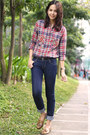 Navy-skinny-levis-jeans-brick-red-studded-style-hunter-top