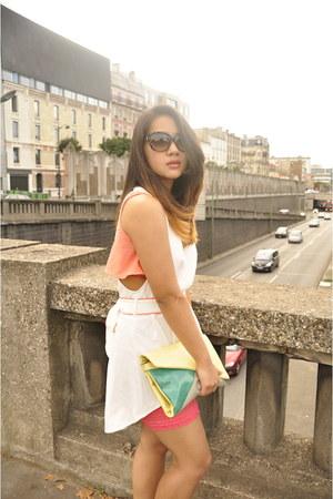 aquamarine Zara purse - black swarovski sunglasses - nude Zara flats