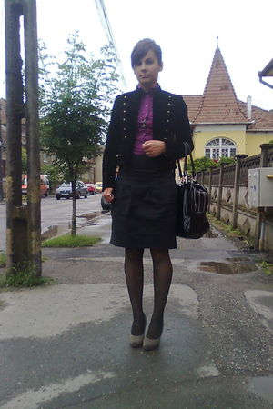 gray shoes - black skirt - purple blouse - black jacket - black - purse