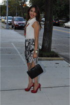 ivory Forever 21 shirt - dark gray Zara skirt - red Guess heels