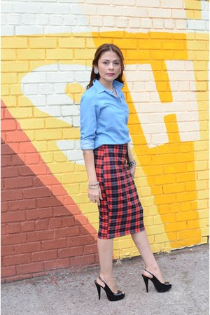 ruby red unkown skirt - black Chinese Laundry heels - blue Uniqlo blouse