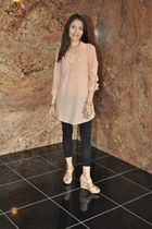 nude Forever 21 blouse - black Target leggings - neutral TJ Maxx sandals