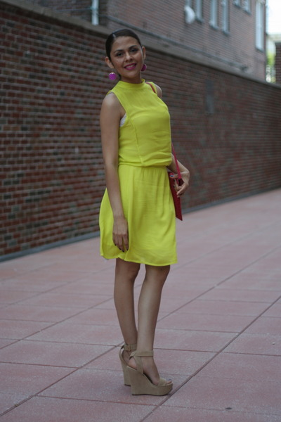 Lime Green Zara Dress Hot Pink Target Bag Tan Aldo Pumps