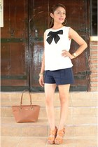 Forever 21 shirt - Zara shorts - Kenneth Cole wedges
