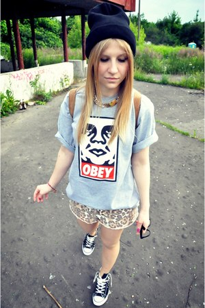 obey t-shirt - River Island shorts - new look sneakers