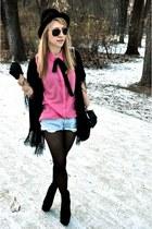 H&M shirt - pull&bear bag - Mustang shorts