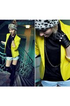 reserved jacket - River Island hat - Mustang shorts - Zara top - H&M gloves
